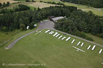 Segelflugplatz Hayingen. © Array