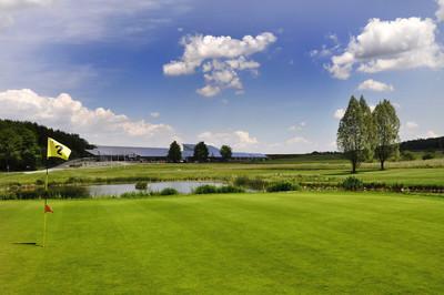 Grün soweit das Auge reicht: Green-Golf Bad Saulgau