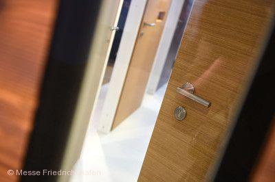 Neues Bauen, Türenausstellung.