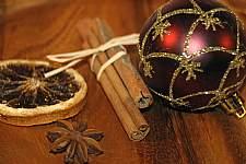Weihnachtskugel � Digitalstock, Foto: C. Rother