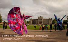 Kleines Fest im großen Park im Rahmen der Festspiele Mecklenburg-Vorpommern.