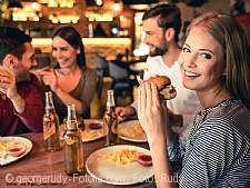 Running Dinner am Hafen und feierliche Einweihung des neuen Treidelkahns