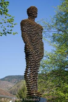 """Skulpturenweg - """"AufAuf wo bitte sch�n geht�s zum Paradies""""."""