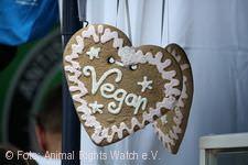 Ein Herz für Tiere - ohne Milch und Eier.