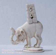 Schachfigur Elefant mit Turm.