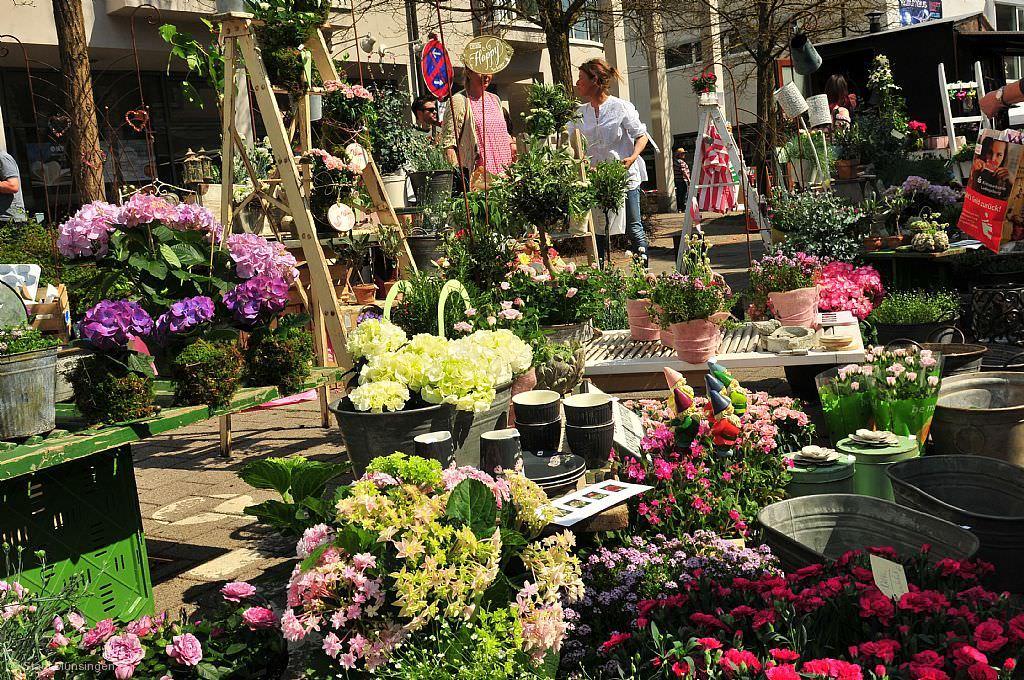 Kunst- und Gartenmarkt Münsingen © Array
